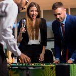 4 benefícios de fazer um happy hour empresarial