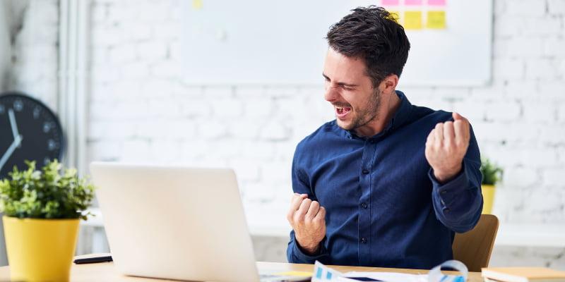 Como melhorar a felicidade no ambiente de trabalho? Confira essas dicas!